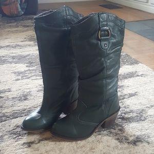 Steve Madden Gammbble Boots
